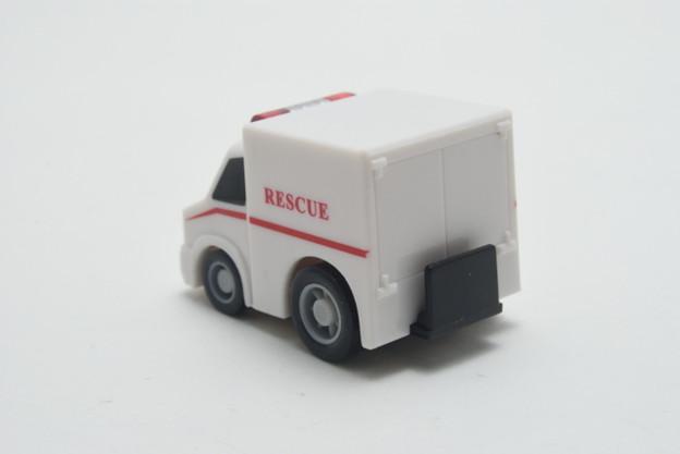 FIRE_FIRE ORIGINAL ミニミニチョロQコレクション 5.大型救急車_002