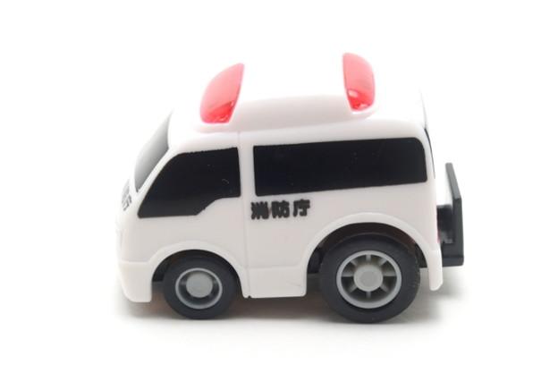 FIRE_FIRE ORIGINAL ミニミニチョロQコレクション 5.救急車_003