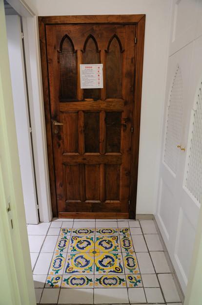 ルナコンベントホテルの部屋の入り口