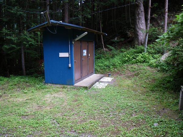 東の広場_トイレ