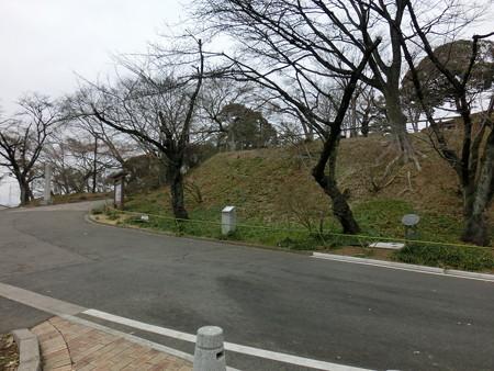 佐野城(2) 三の丸~本丸へ | 戦国ジジイ・りりのブログ - 楽天 ...