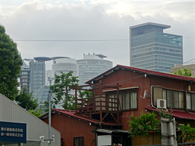 洲崎神社近くから見えた、名駅ビル群