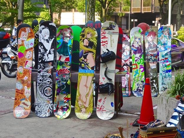 世界コスプレサミット 2015:名古屋テレビ塔北側駐車場(栄フェト)で、痛車等の展示会 - 2