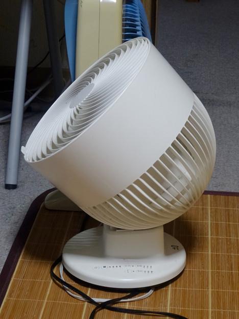 プラスマイナスゼロの送風機(扇風機)