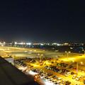 写真: エアポートウォーク名古屋 展望デッキから見た、夜の県営名古屋空港 - 1
