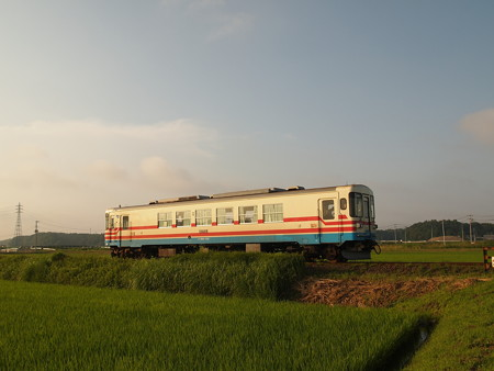 ひたちなか海浜鉄道ミキ300 湊線中根~高田の鉄橋01