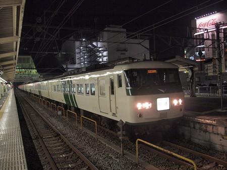 185系回送   東海道本線小田原駅03