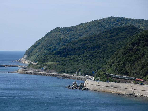 海と山の間