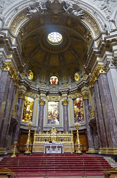 ベルリン大聖堂館内