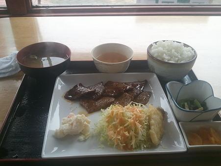 焼肉定食1400円