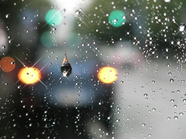 「第一回川柳大会」....雨音のしらべ♪