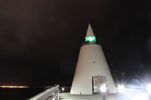 青森港北防波堤(青森ベイ・プロムナード)-9- 西灯台 夜景