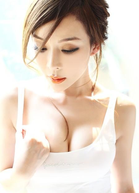 今日の一押し小姐 6-22 美人の胸元 首ったけッ(笑) (5)