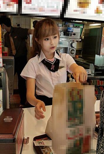 台湾で大人気の癒しの店員さんッ(笑) 今日の気になる小姐 8-28 (2)