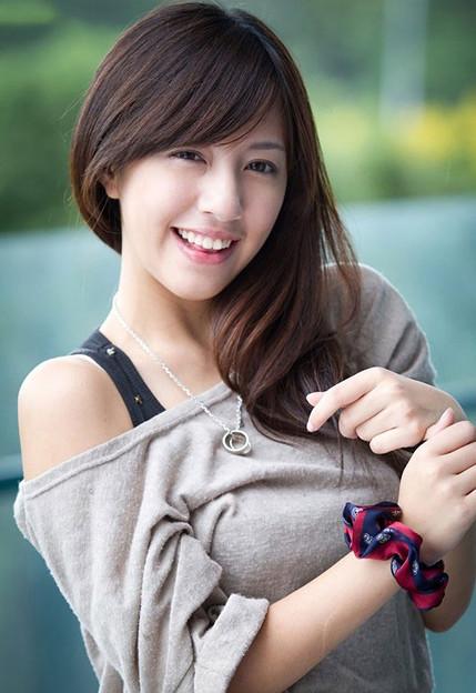 この美形の笑顔に癒されるッ 今日の大陸小姐 9-11 (1)