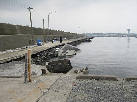 震災後の大洗港