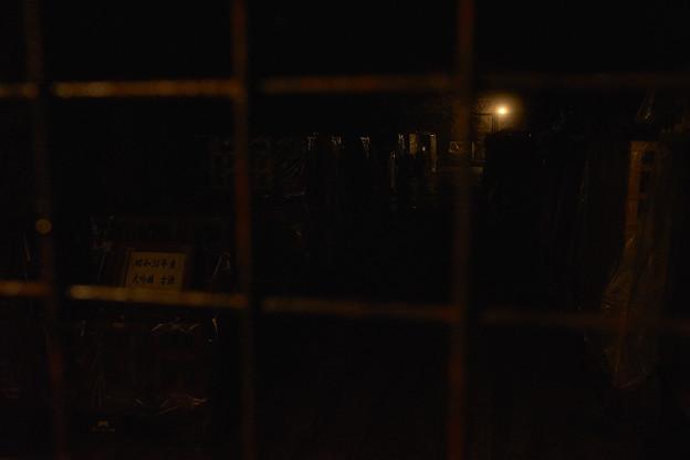 光の無いところは真っ暗