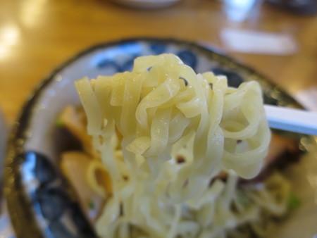 RA-MEN Kanucha屋(カヌチャ屋) つけ麺 ちゃーしゅうトッピング 麺アップ