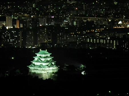 名古屋夜景:浮かび上げる名古屋城