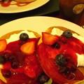写真: 丸井さん南館にて用事を済ませた後、ISHIYA CAFEにてホットケーキ(ベリー)...