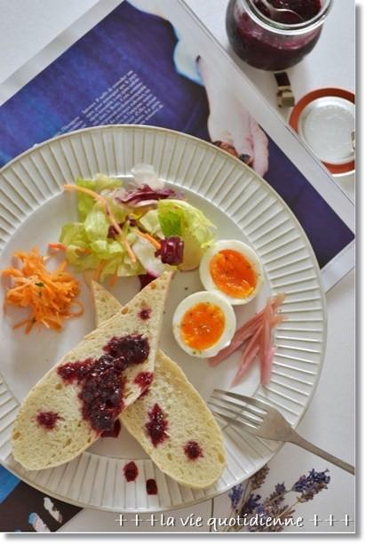 ラベンダー酵母のバゲットde朝食