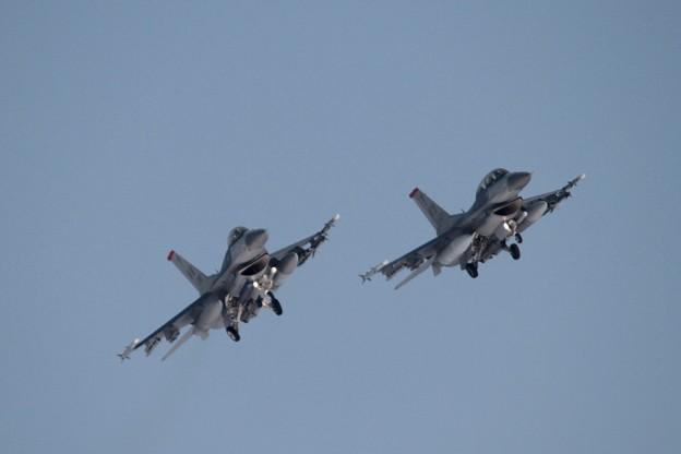 Twin @F-16