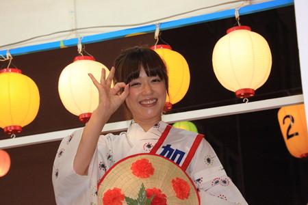 加藤紀子さんポーズ頂きました