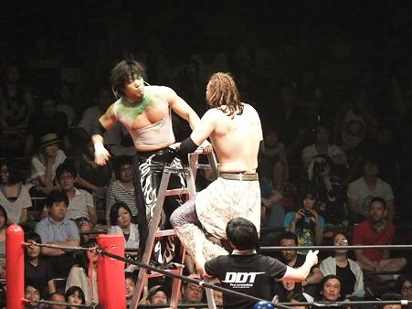 DDT 両国ピーターパン2011 〜二度あることは三度ある〜 MIKAMIvsポイズン澤田JULIE (6)