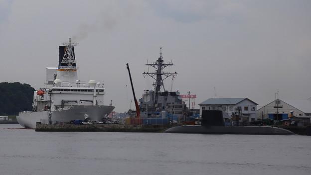 ミサイル追跡艦