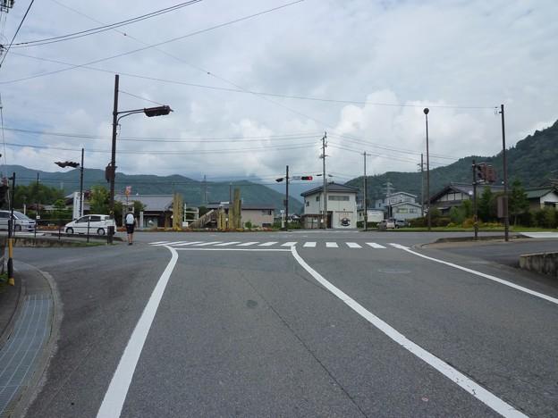 P1050194 道の駅きりら坂下近く
