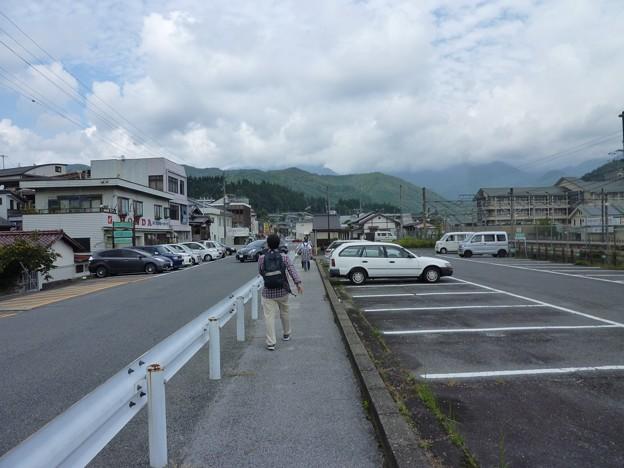 P1050197 坂下駅へ