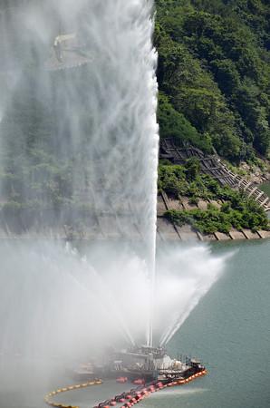 150726月山湖噴水01