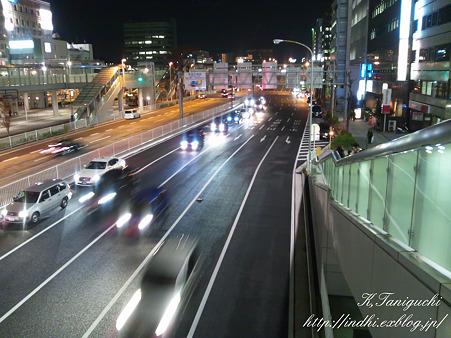 夜の道路 infobar A01
