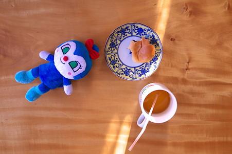 2012.01.09 居間 姫の朝食