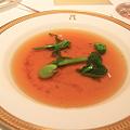 アピシウス「ビーフコンソメスープ 胡椒風味のスパイスオイルと共に」