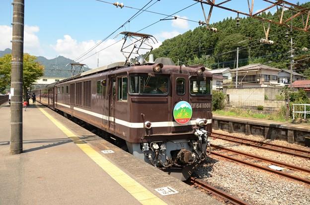 終点横川2番到着の快速SLレトロ碓氷号 復路EF64 1001牽引ELレトロ碓氷号まで待機