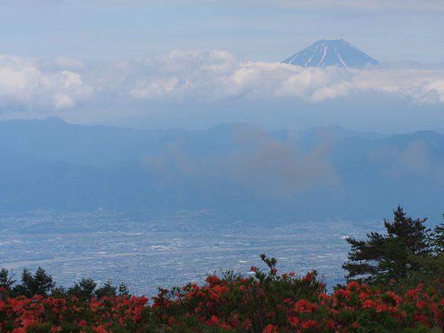 天を突く富士の頂