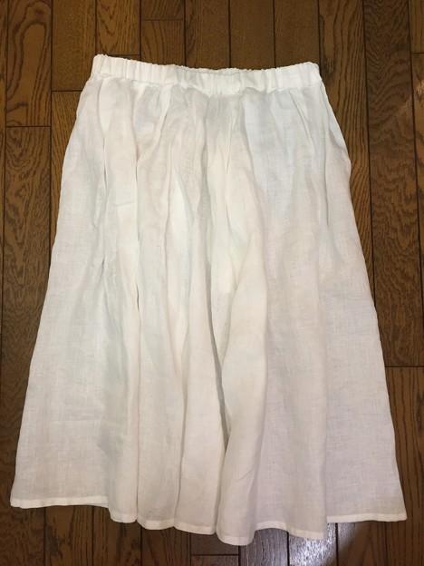 クルールのミモレ丈スカート