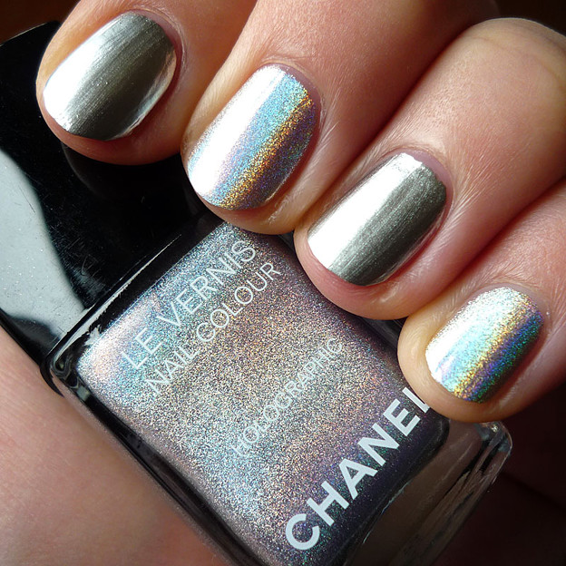 chanel_holographic+silver