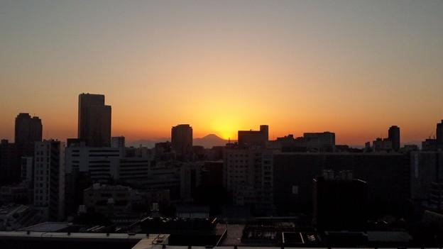 日没。12.02.12.17:11(2)