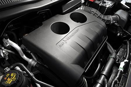 フォード・エクスプローラー 2