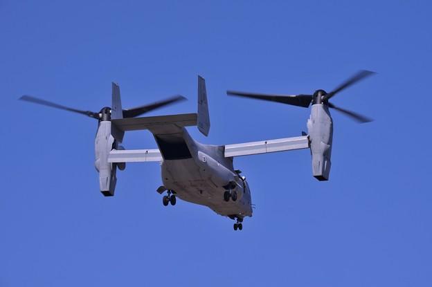 VMM-256ドラゴン オスプレイ ローカル着陸態勢・・20141025
