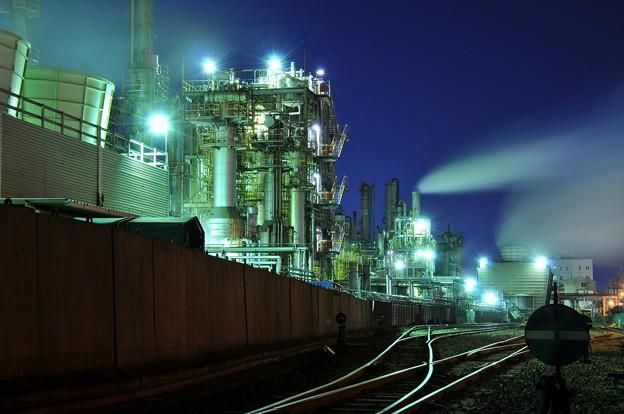 ある日の寒い夜の工場夜景・・20141227