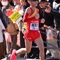Photos: 復路9区 鶴見中継所手前のランナー:城西大・・20150103