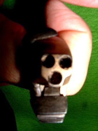 フルスクラッチ 「指輪型 3連パッカーション ピストル」 正面面 (ハンマーコッキング状態) Doburoku-TAO