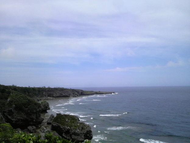沖縄県糸満市、喜屋武岬から沖縄本島最南端の荒崎を撮る